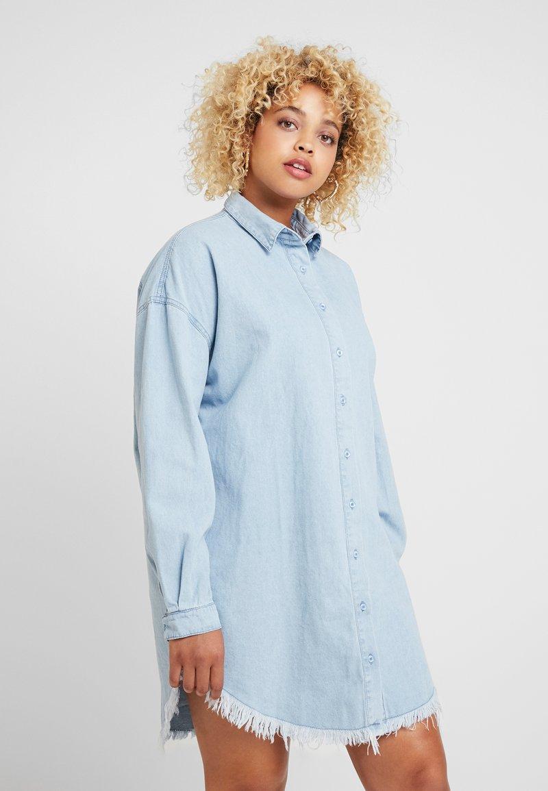 Missguided Plus - OVERSIZED DRESS - Denim dress - blue