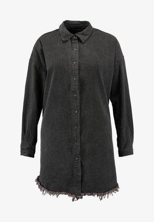 OVERSIZED FRAY HEM DRESS - Jeanskleid - black