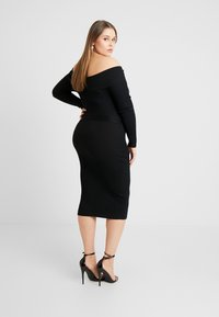 Missguided Plus - ROLL NECK BELTED MIDI DRESS - Pouzdrové šaty - black - 2