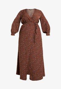 Missguided Plus - PLUNGE LEOPARD PRINT DRESS - Maxi dress - cognac - 5