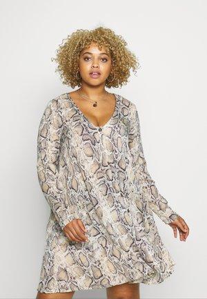 BUTTON THROUGH - Robe d'été - stone