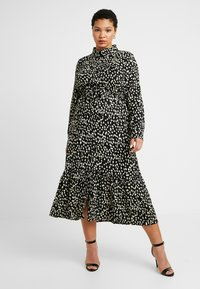 Missguided Plus - TIE FRONT RUFFLE MAXI DRESS - Skjortekjole - black - 0