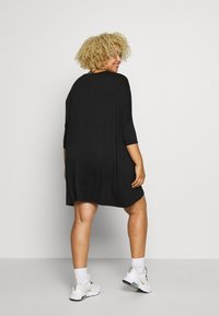 Missguided Plus - OVERSIZED DRESS - Robe en jersey - black - 2