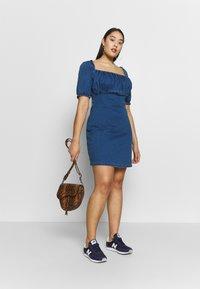 Missguided Plus - RUCHED BUST MINI DRESS - Jeanskleid - blue - 1