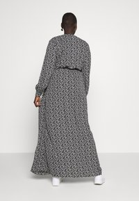 Missguided Plus - FLORAL BUCKLE BELTED SLIT MAXI  - Maxi šaty - black - 2