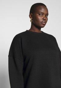 Missguided Plus - HORIZONTAL DRESS - Robe d'été - black - 4