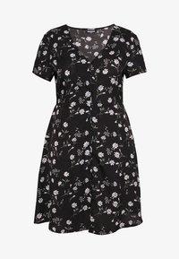 Missguided Plus - BUTTON THROUGH TEA DRESS  - Robe d'été - black - 4