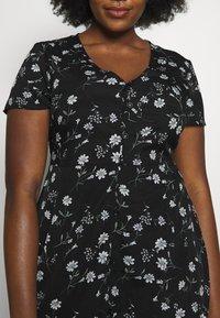Missguided Plus - BUTTON THROUGH TEA DRESS  - Robe d'été - black - 5