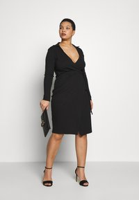 Missguided Plus - PLUS SIZE RIBBED TIE SIDE MIDI COLLAR DRESS - Jersey dress - black - 1
