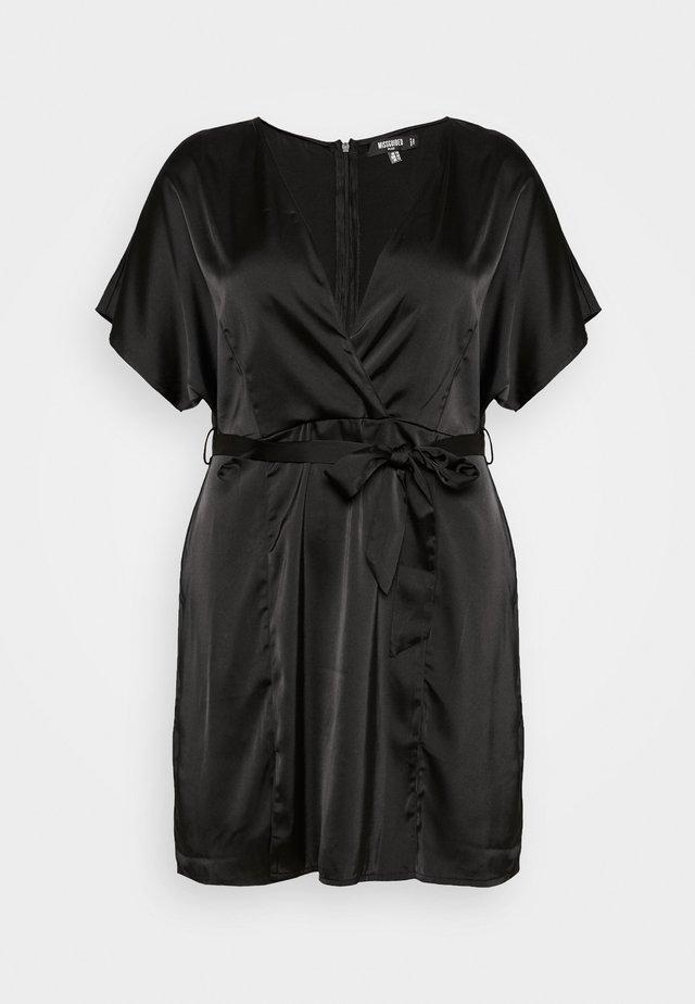 PLUS SIZE KIMONO SLEEVE WRAP SKATER MINI DRESS - Korte jurk - black