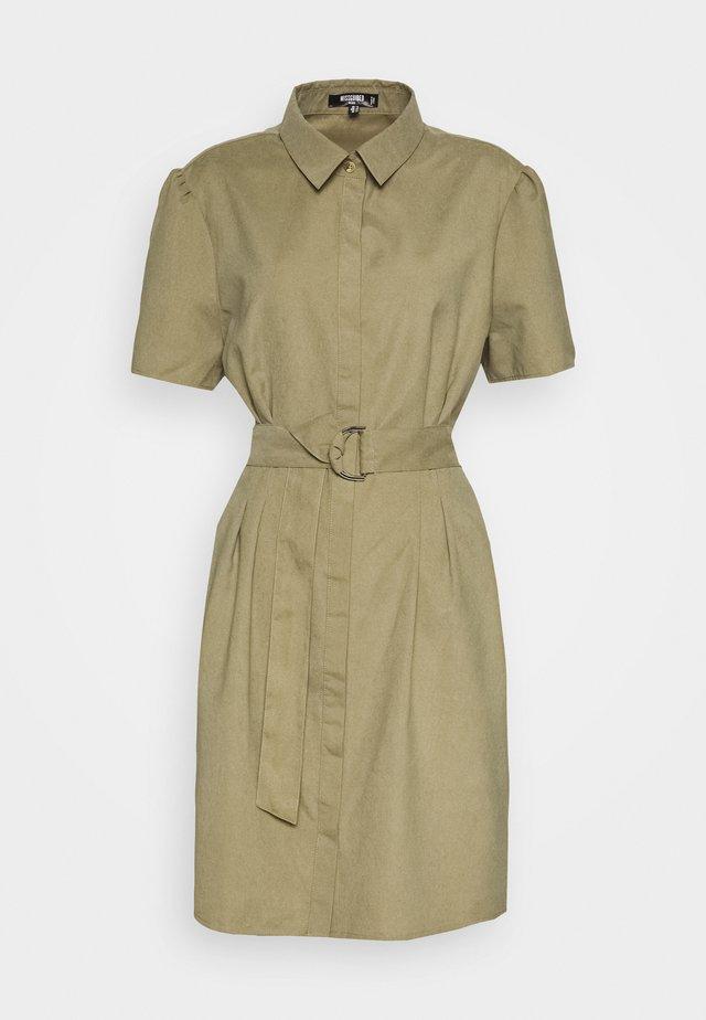 GATHERED WAIST BELTED SHIRT DRESS - Korte jurk - khaki