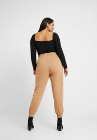 Missguided Plus - MILKMAID LONG SLEEVE - Longsleeve - black - 2