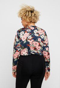 Missguided Plus - FLORAL PLUNGE LONG SLEEVED BODYSUIT - Blusa - navy - 2