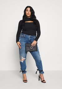 Missguided Plus - HIGH NECK LONG SLEEVE  - Top s dlouhým rukávem - black - 1