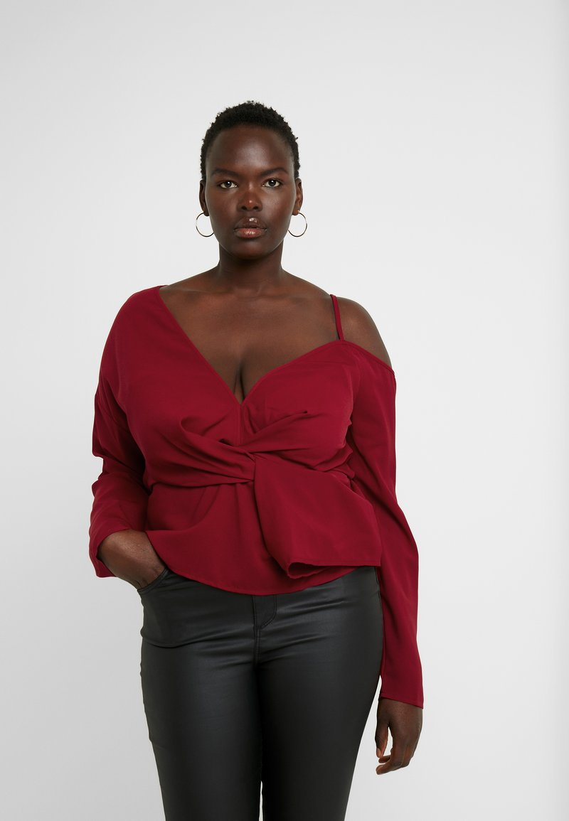 Missguided Plus - CURVE TWIST FRONT COLD SHOULDER - Camicetta - red