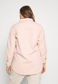 Missguided Plus - SHIRT WITH BUTTONS - Chemisier - pink - 2