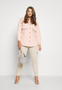 Missguided Plus - SHIRT WITH BUTTONS - Chemisier - pink - 1
