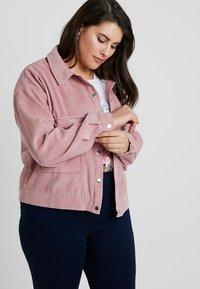 Missguided Plus - PLUS SIZE SHACKET - Summer jacket - pink - 0