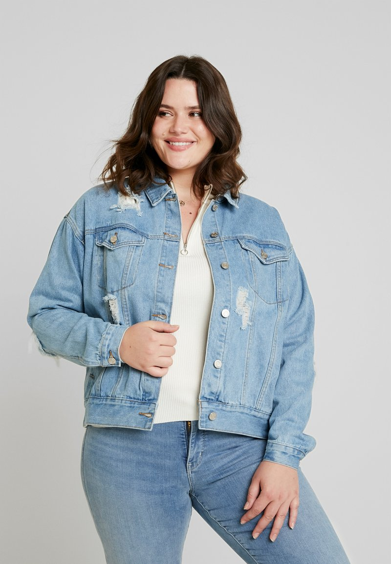 Missguided Plus - CURVE DISTRESSED BOYFRIEND JACKET - Jeansjacke - blue