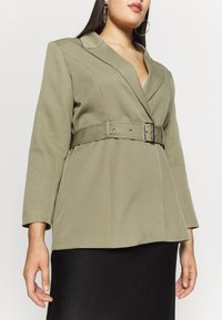 Missguided Plus - BELTED TAILORED JACKET - Short coat - mint - 4