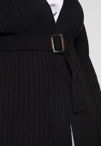 Missguided Plus - EXCLUSIVE RESIN BELTED - Cardigan - black - 5