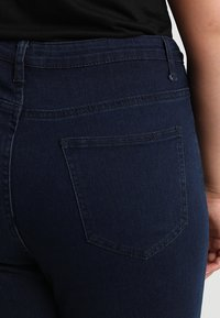 Missguided Plus - VICE HIGHWAISTED - Jeans Skinny Fit - dark blue indigo - 3