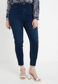 Missguided Plus - LAWLESS HIGHWAISTED SUPERSOFT - Jeans Skinny Fit - deep blue - 0
