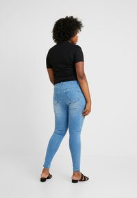 Missguided Plus - ANARCHY MID RISE - Skinny džíny - distressed blue - 2