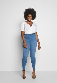 Missguided Plus - SUPERSOFT LAWLESS - Jeggings - light blue - 1