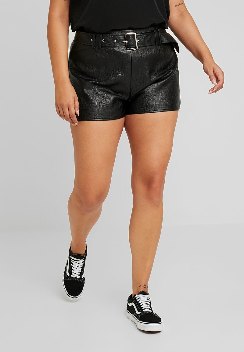 Missguided Plus - BUCKE DETAIL - Shortsit - black