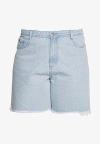 Missguided Plus - FRAYED LONG LINE  - Denim shorts - stonewash - 3