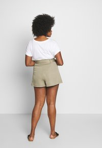 Missguided Plus - BELTED TAILORED - Shorts - mint - 2