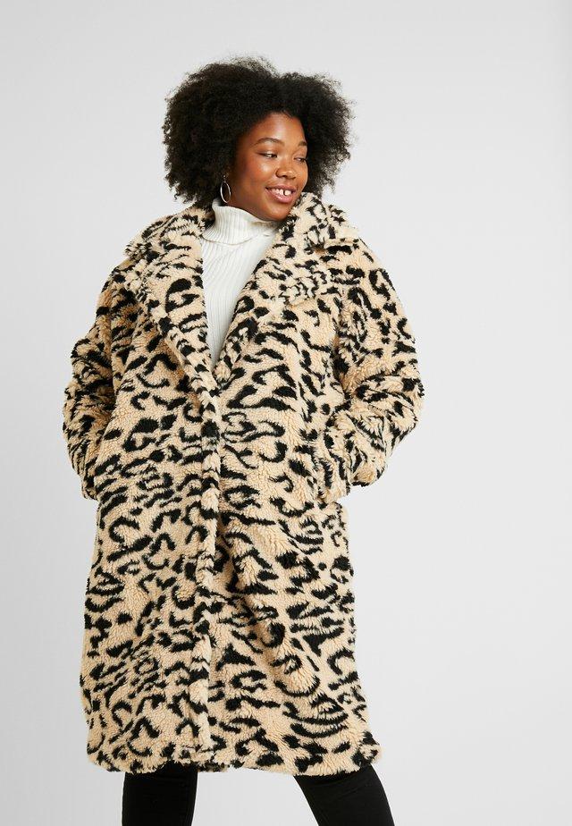 OVERSIZED LEOPARD BORG - Zimní kabát - brown