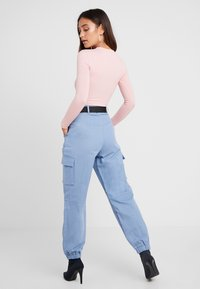 Missguided Petite - BELTED UTILITY COMBAT TROUSER - Kalhoty - blue - 2