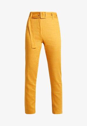 SELF BELTED CIGARETTE - Kalhoty - orange