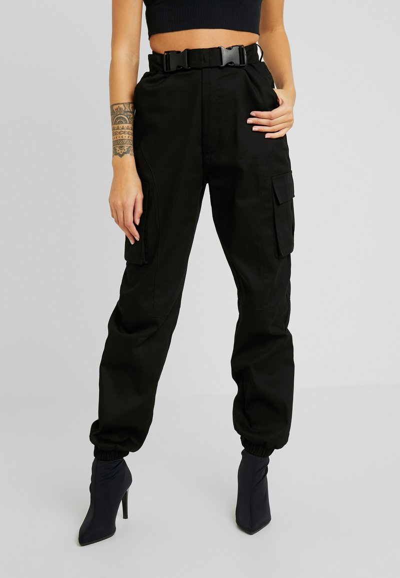 Missguided Petite - DOUBLE BUCKLE DETAIL CARGO TROUSER - Trousers - black