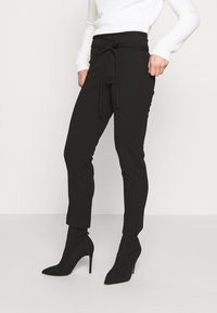 Missguided Petite - TIE BELTED CIGARETTE TROUSERS - Trousers - black - 0