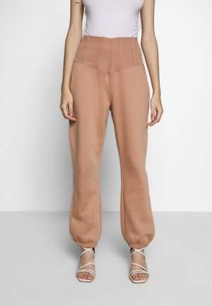 CORSET DETAIL LOOPBACK 90S JOGGER - Tracksuit bottoms - camel