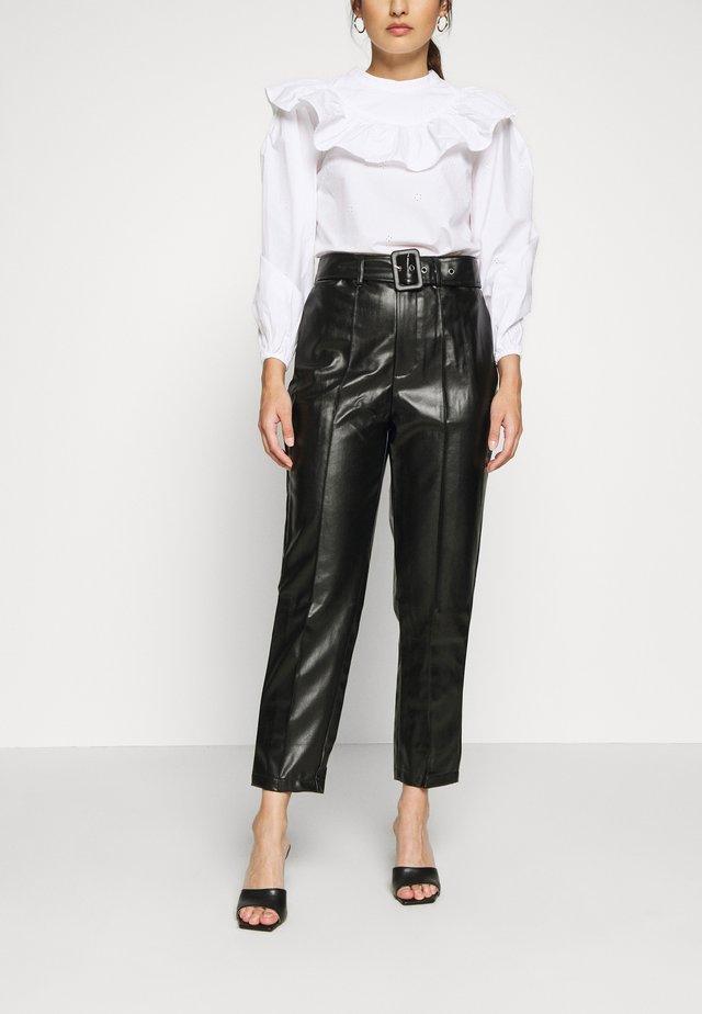 BELTED SEAM DETAIL TROUSER - Spodnie materiałowe - black