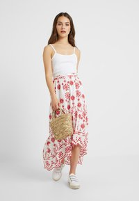 Missguided Petite - BRODERIE ANGLAIS HIGH LOW SKIRT - Maxi skirt - white - 1