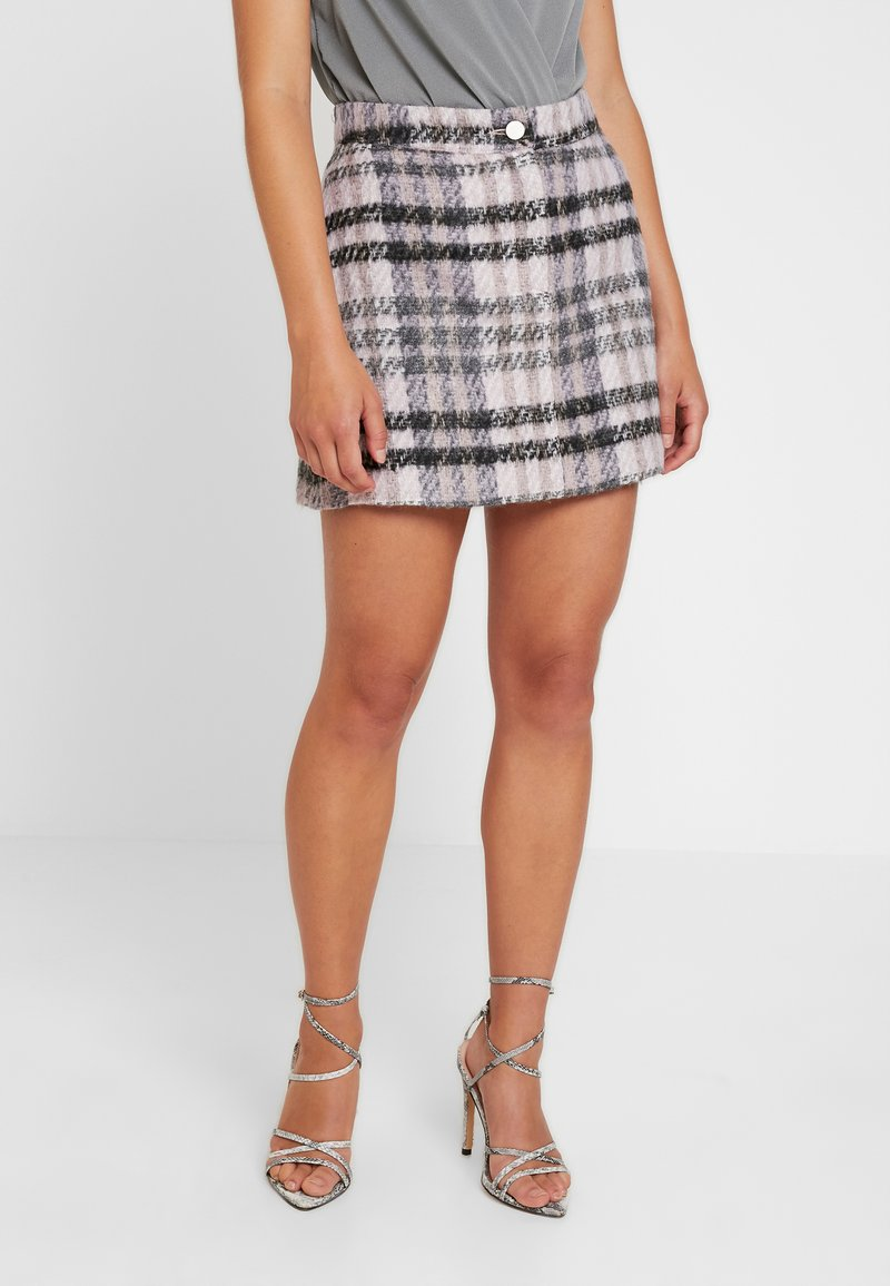 Missguided Petite - BRUSHED CHECK SKIRT - A-linjekjol - purple