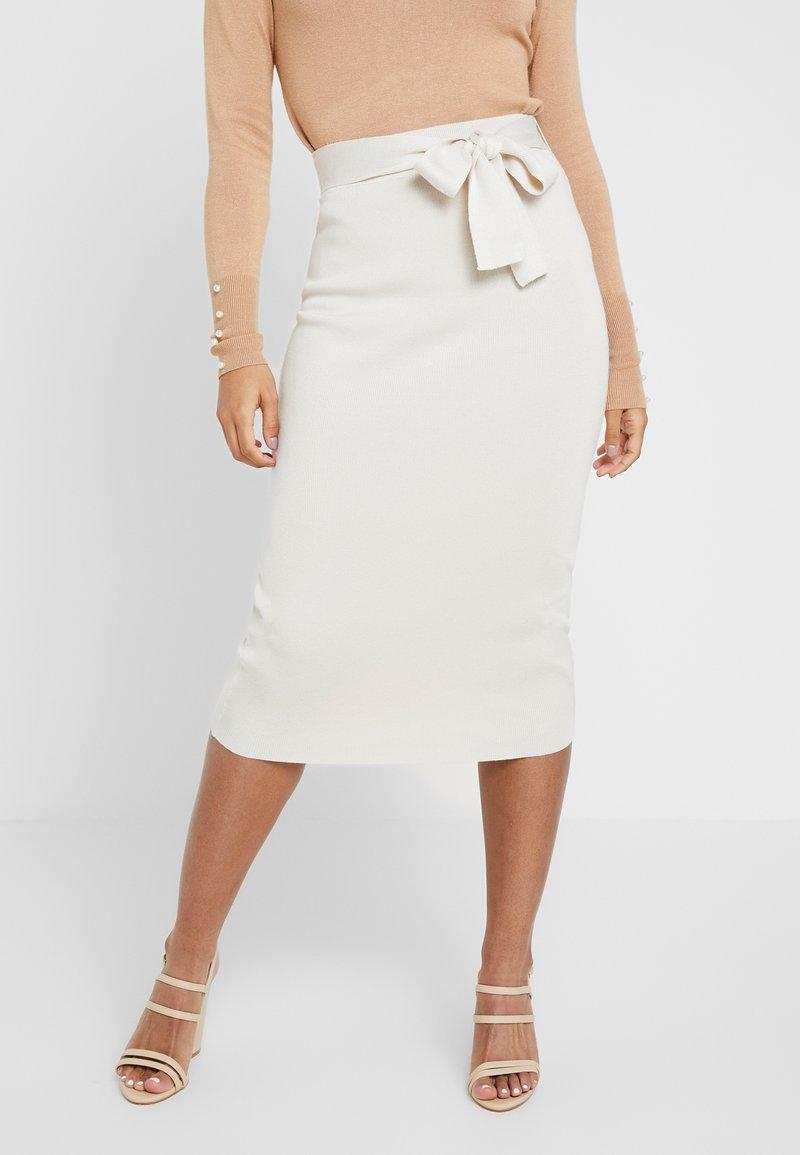Missguided Petite - TIE WAIST MIDI SKIRT - Pencil skirt - cream