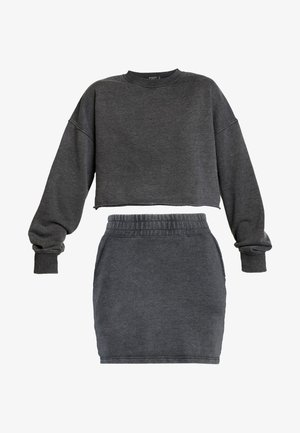 WASHED LOOPBACK CROP SKIRT - Sweatshirt - charcoal