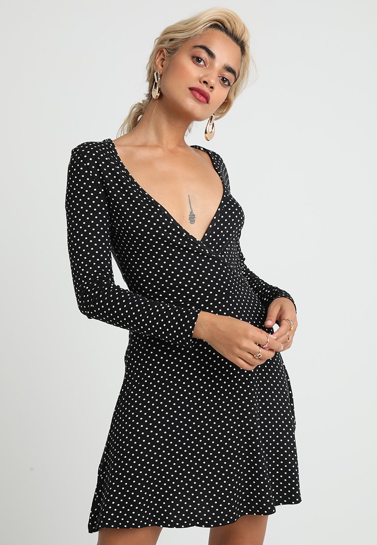 en Robe black Petite Missguided jerseynoir pSUVMGqz