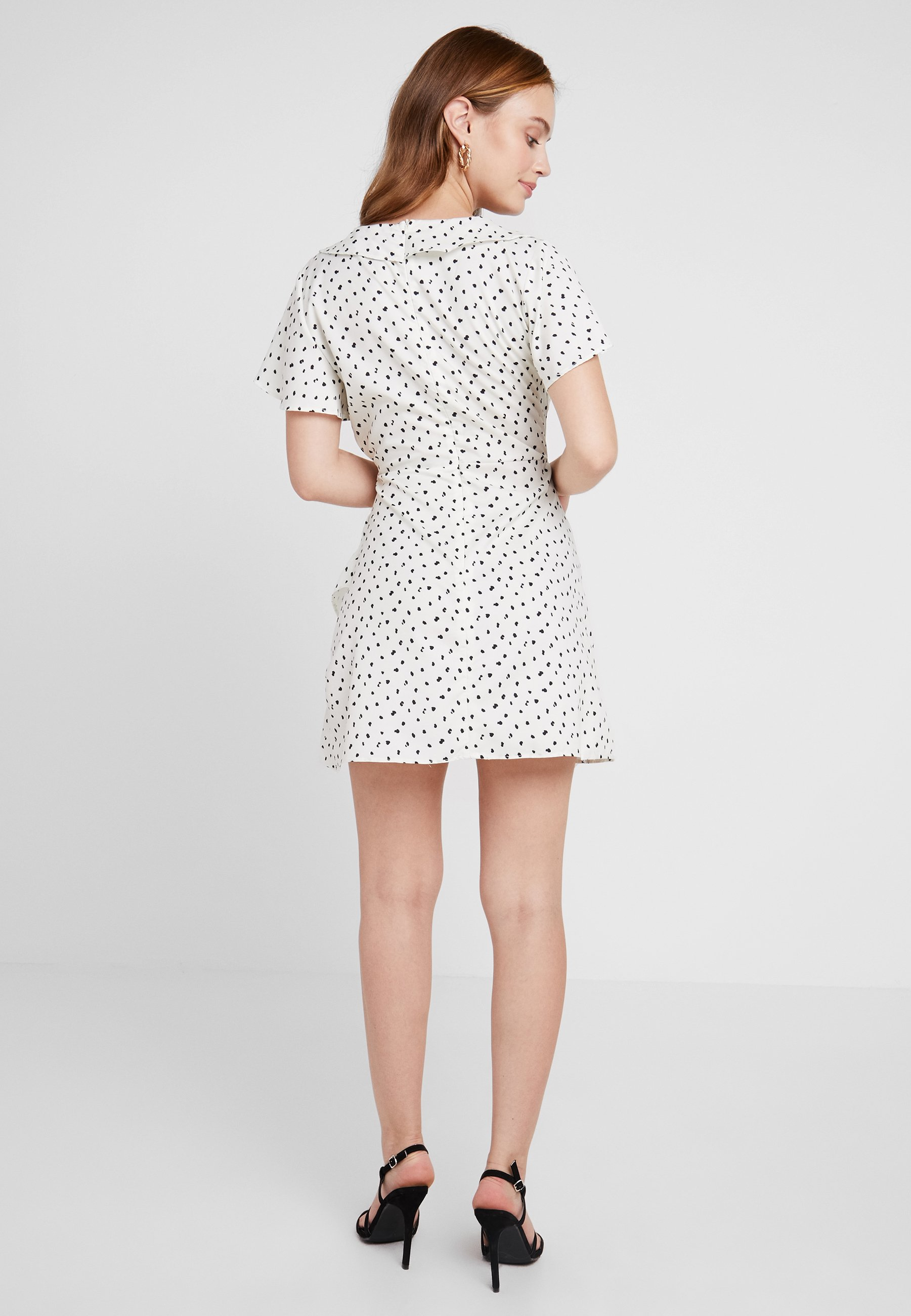 Frill D'été Missguided Spot DressRobe Petite Print Wrap Cream WEH2D9I