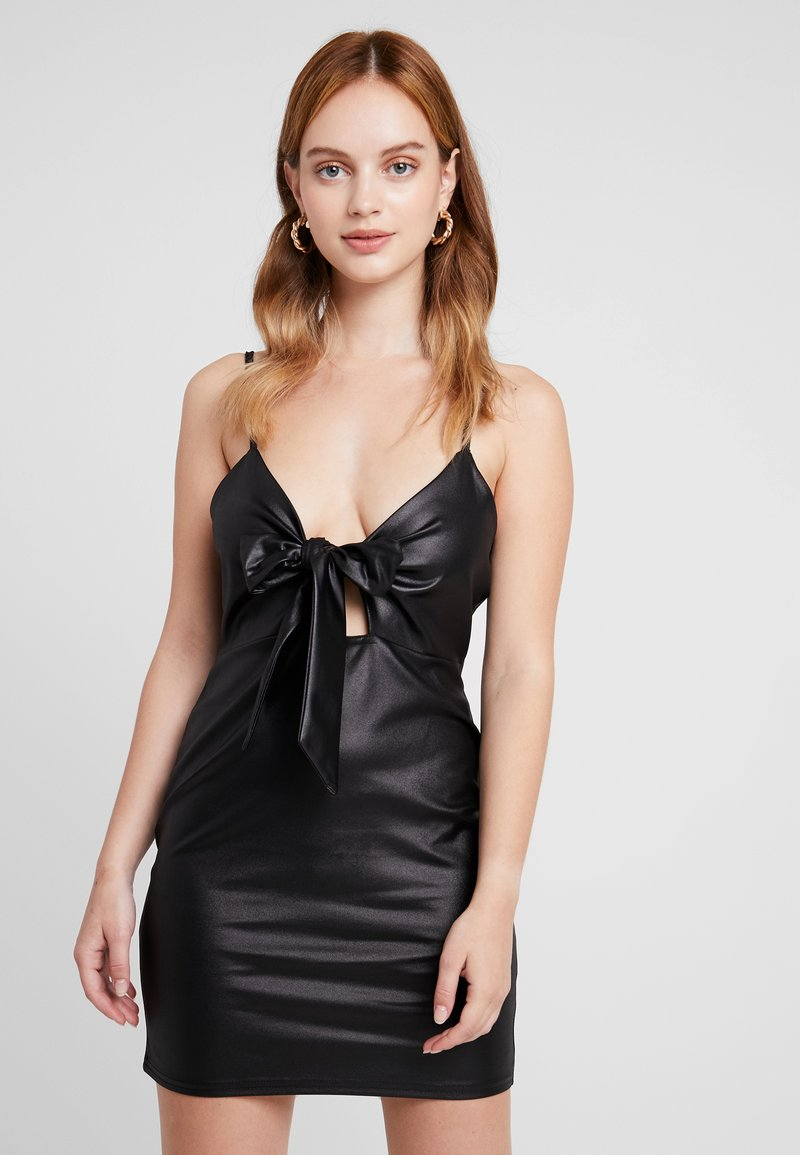 Missguided Petite - TIE FRONT CAMI MINI DRESS - Etuikleid - black