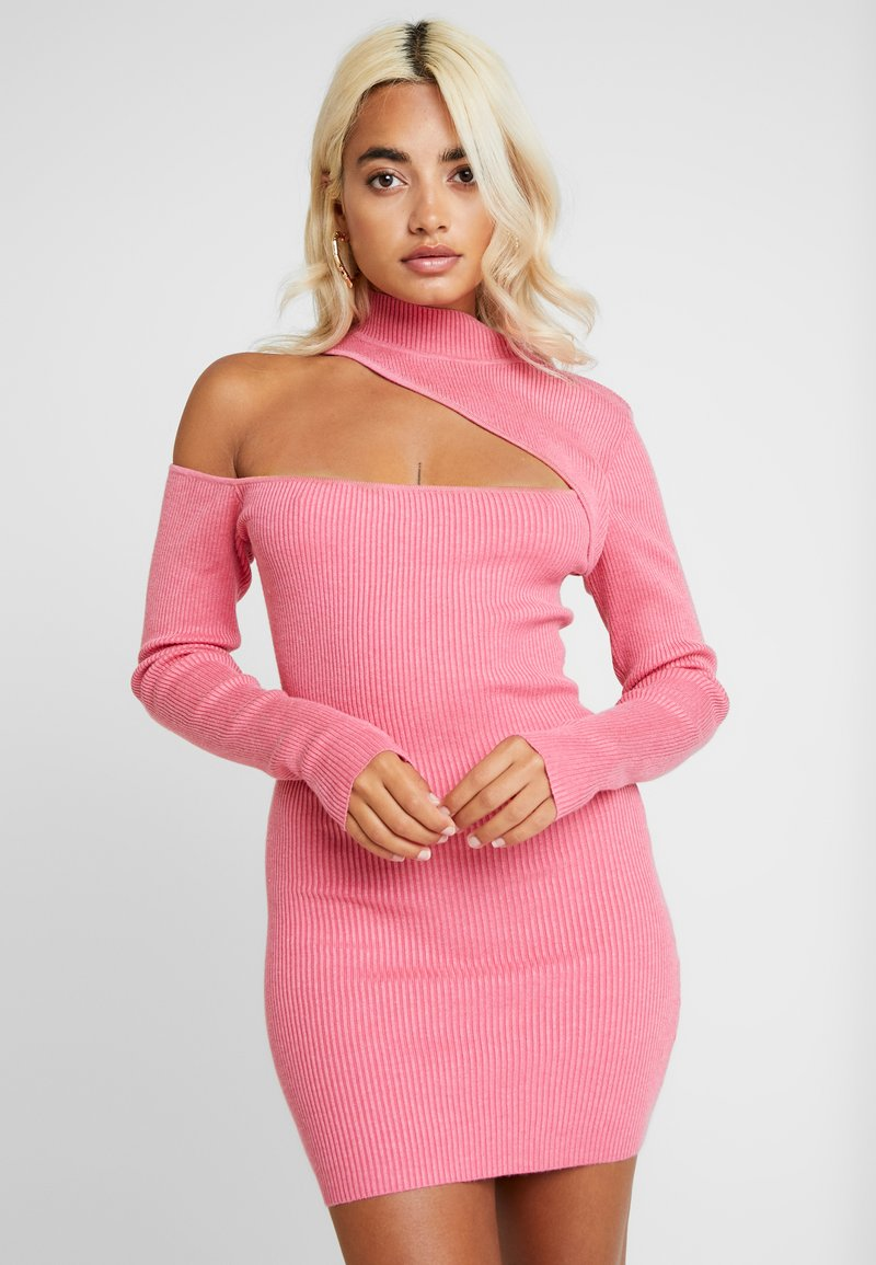 Missguided Petite - ONE SHOULDER CUT OUT MINI DRESS - Etuikleid - pink