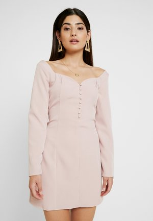 SWEETHEART NECKLINE BUTTON MINI DRESS - Robe chemise - dusky pink