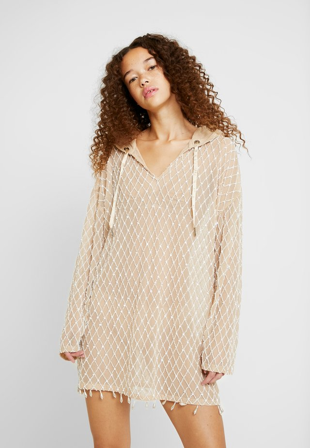 PEACE LOVE EMBELLISHED HOODED DRESS - Juhlamekko - beige