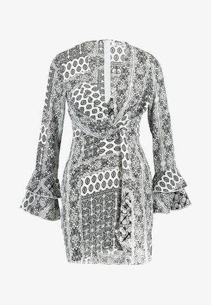 FLORAL SCARF PRINT DRAPE DETAIL MINI DRESS - Denní šaty - white